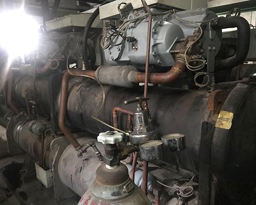开利30HXC螺杆机维修